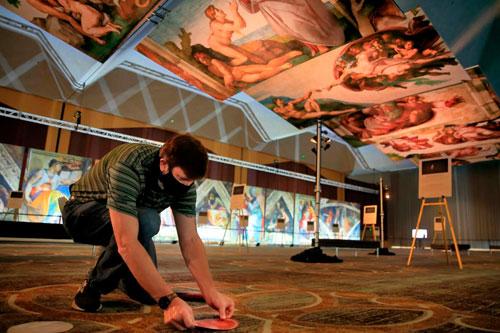 Michelangelo's Sistine Chapel: Los Angeles Exhibit